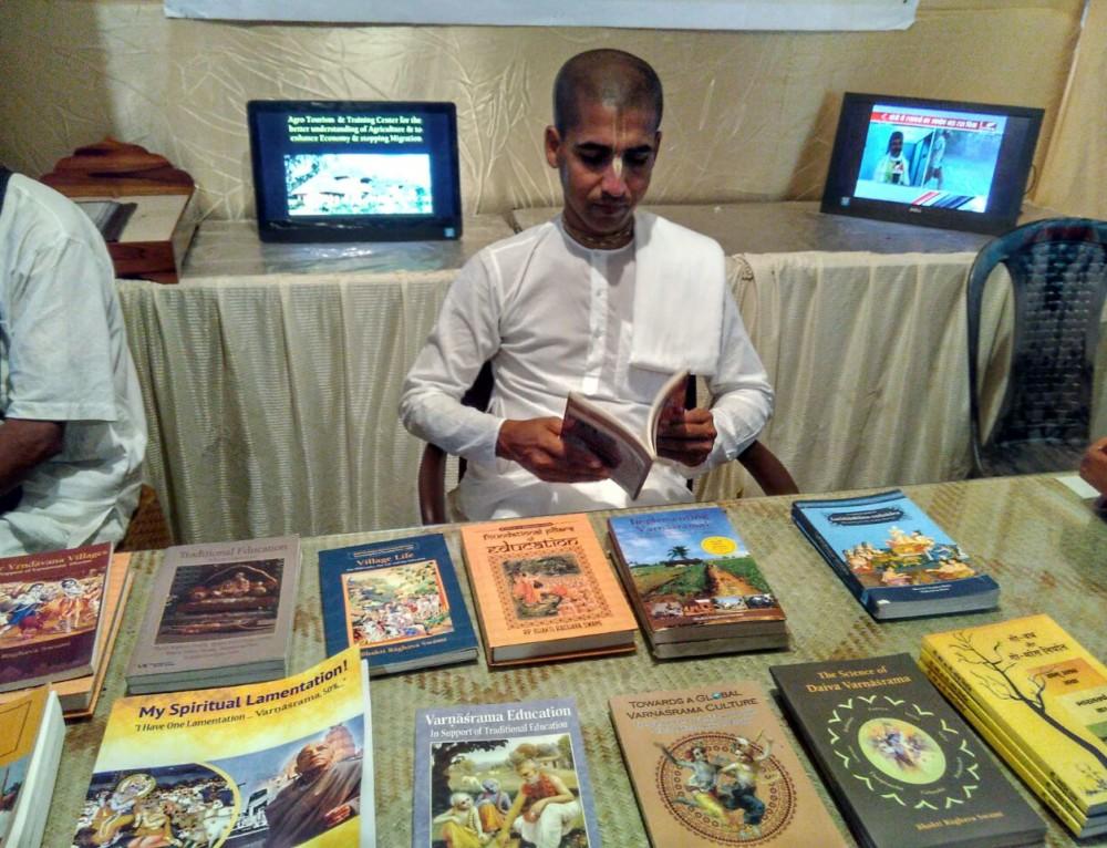 Varnasrama book distribution during Kartik at Vrindavan
